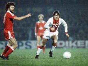 johan-cruyff-legend